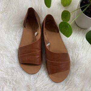 WORN ONCE cognac open toe shoes